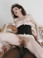 Older, mature, slut with hairy beaver rides black pole!